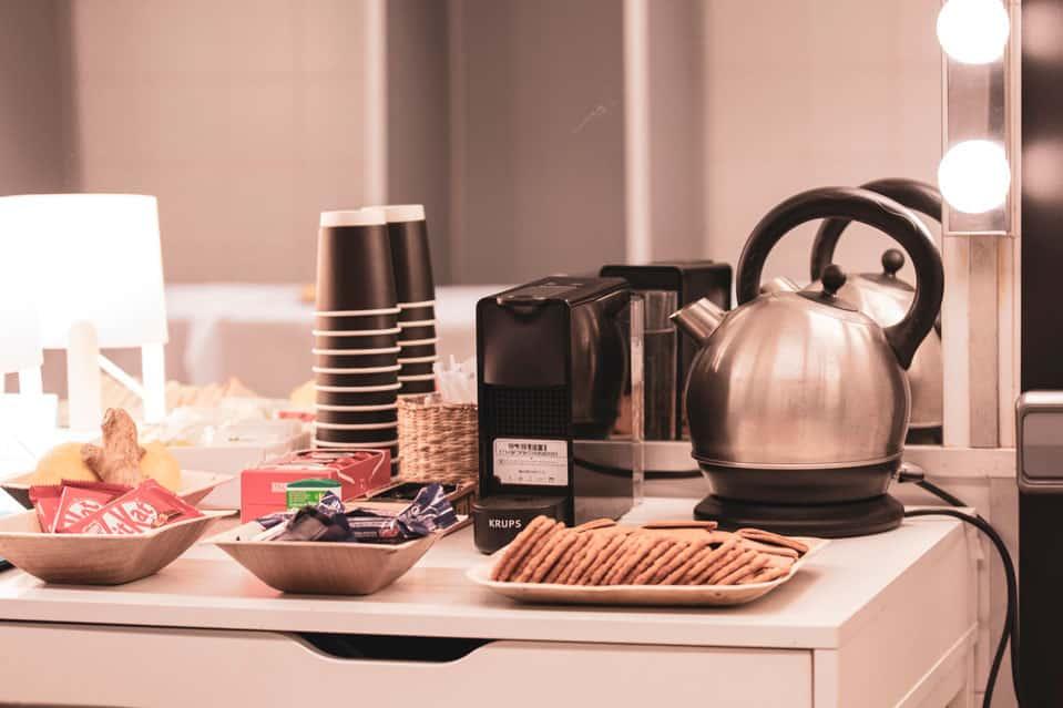 Set de café y te del camerino de La M.O.D.A